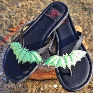 Strange Cvlt Green Bat Sandals New 10